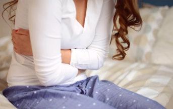 dureri stomac sanatate femeie